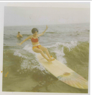 Mom-Surfing