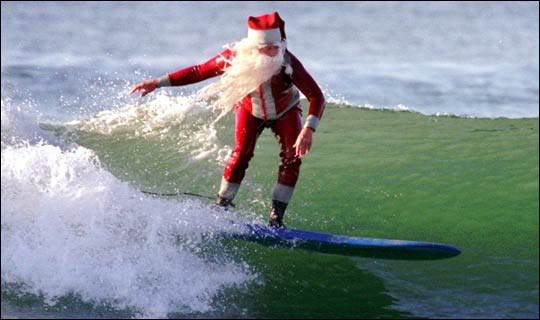 santasurf_wavecation