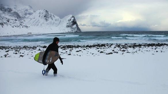 Surfing_in_snow