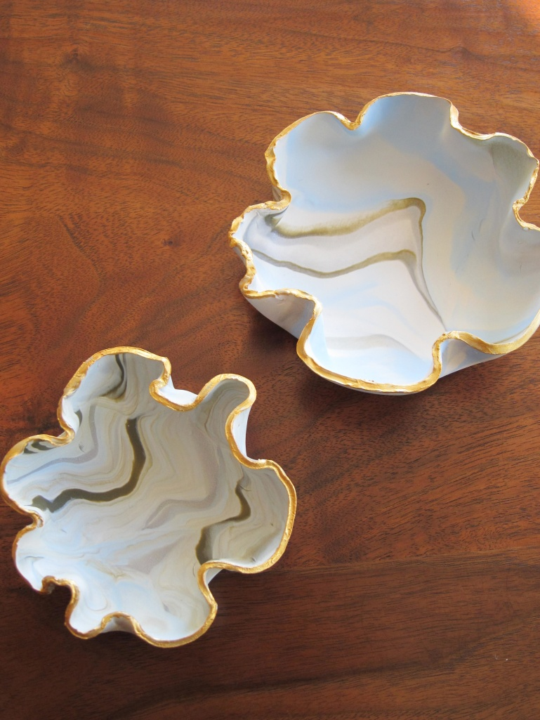 marbled trinket dishes