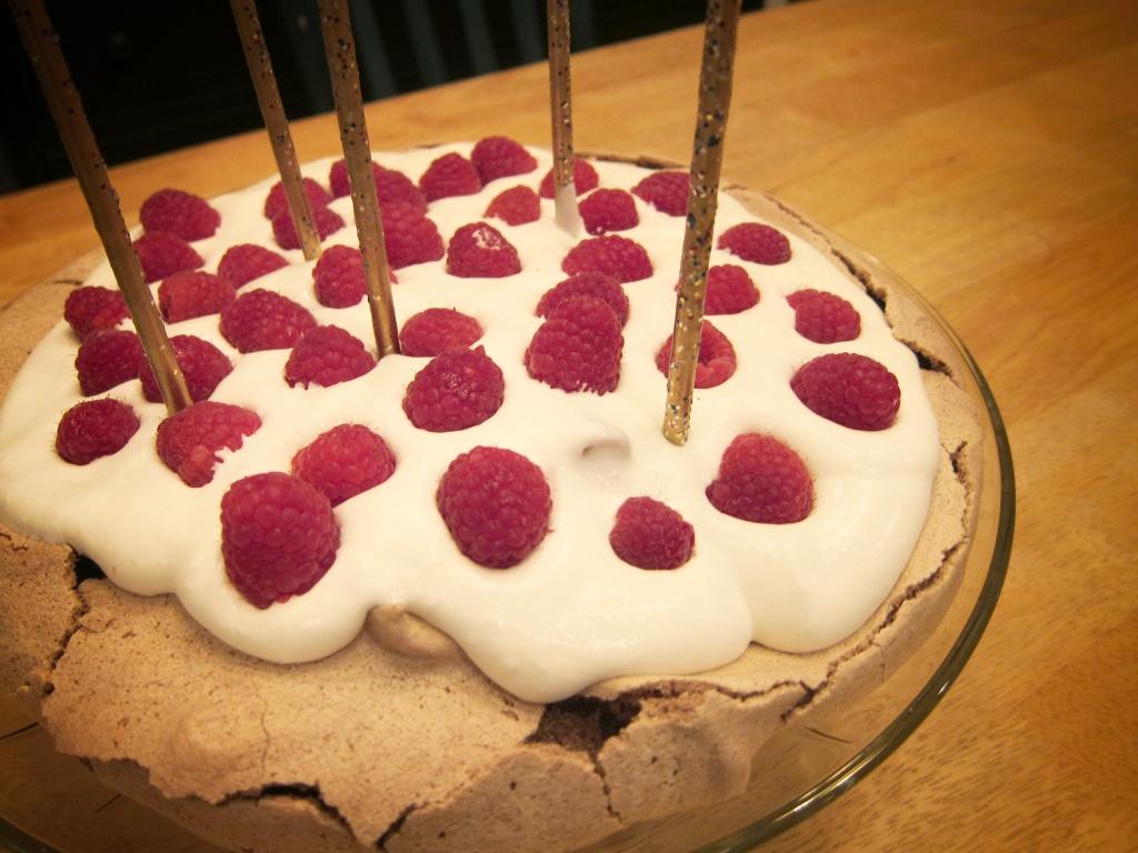 birthday pavlova