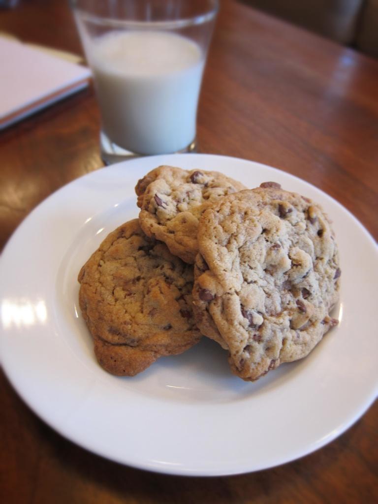 Pecan & Toffee Cookies