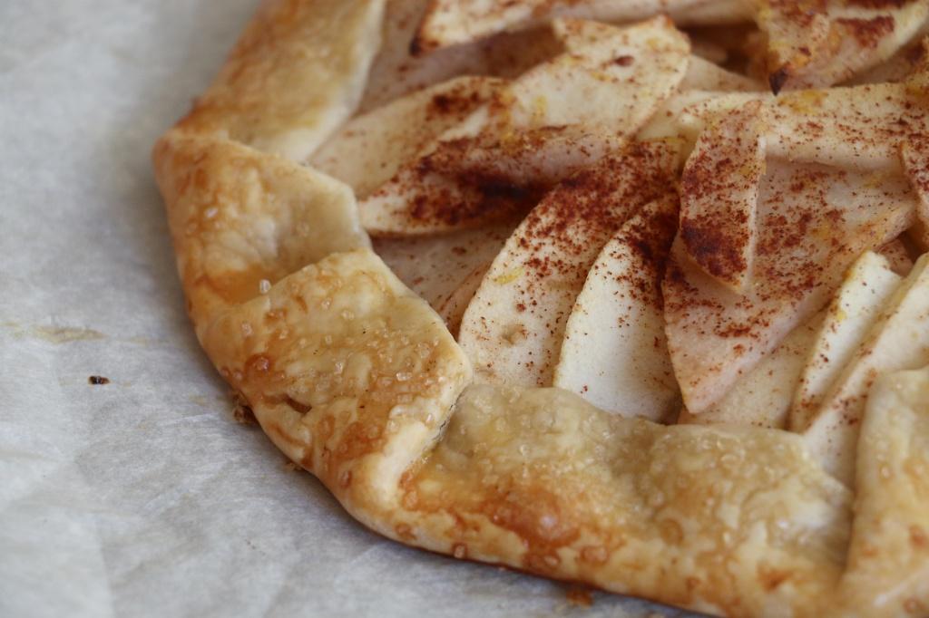 pear & apple tart crust